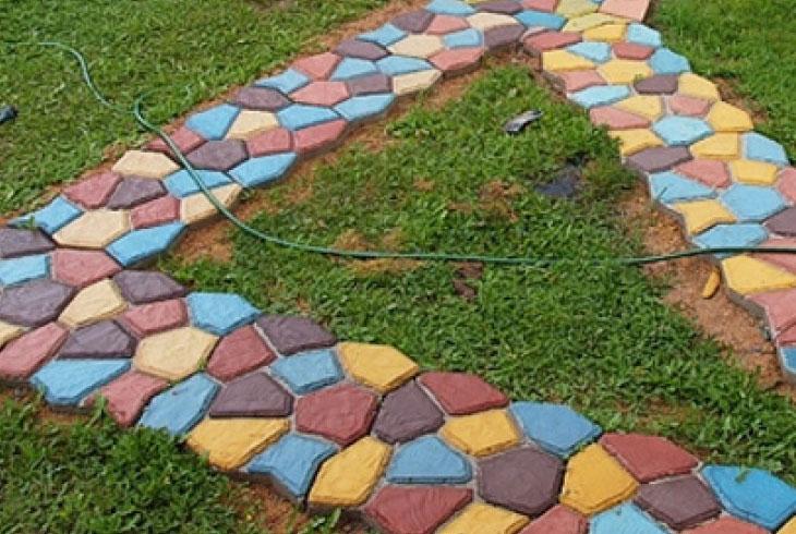 покраска готового покрытия из тротуарной плитки